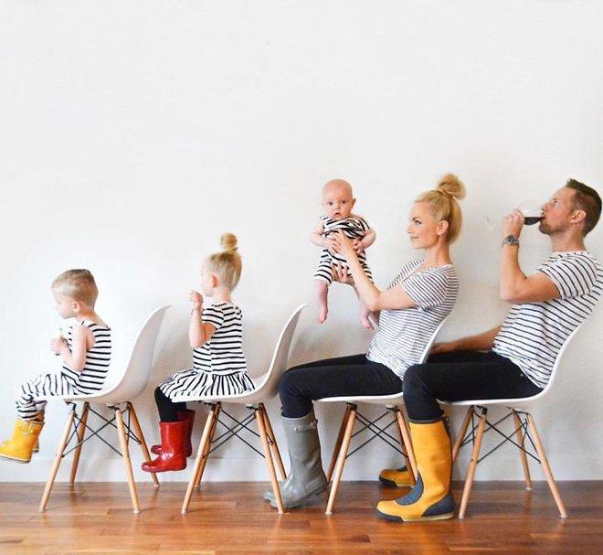 Bà mẹ 3 con gây sốt khi khoe bộ sưu tập ảnh gia đình có một không hai - Ảnh 19.