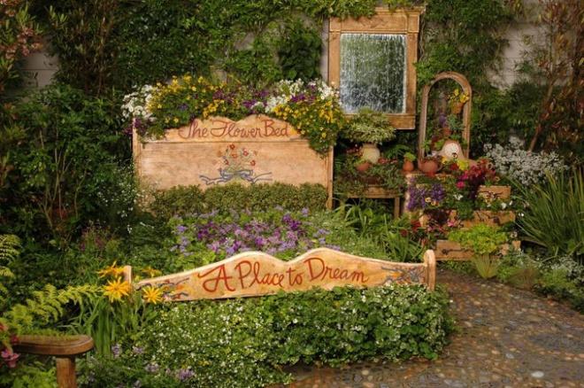 12 ý tưởng thiết kế khu vườn đẹp với biến tấu của hoa khiến bạn không thể rời mắt - Ảnh 3.