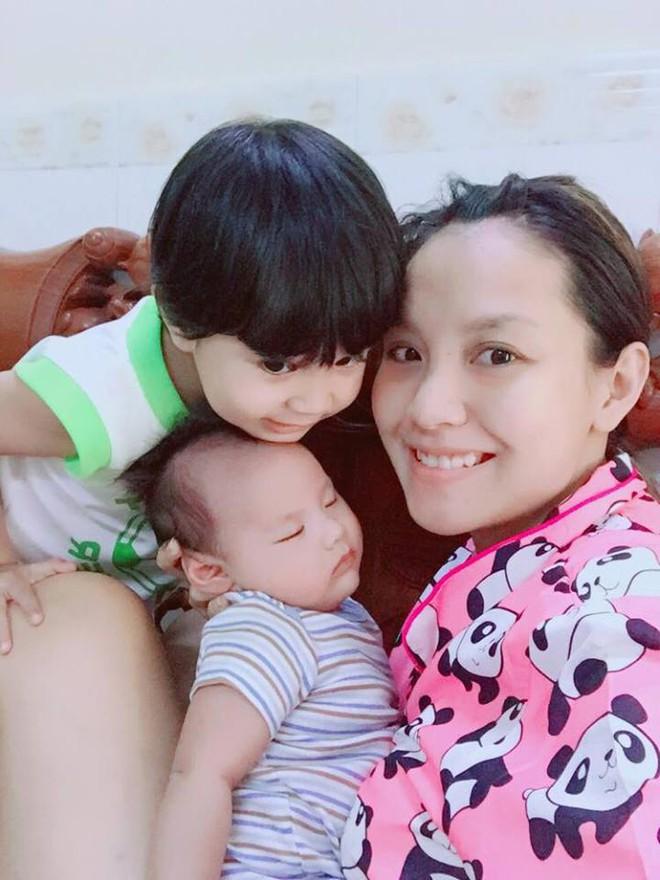 MC Khánh Ly: Nuôi 2 con bằng sữa mẹ hoàn toàn vẫn dư sữa trữ đông dù ăn rất ít - Ảnh 7.