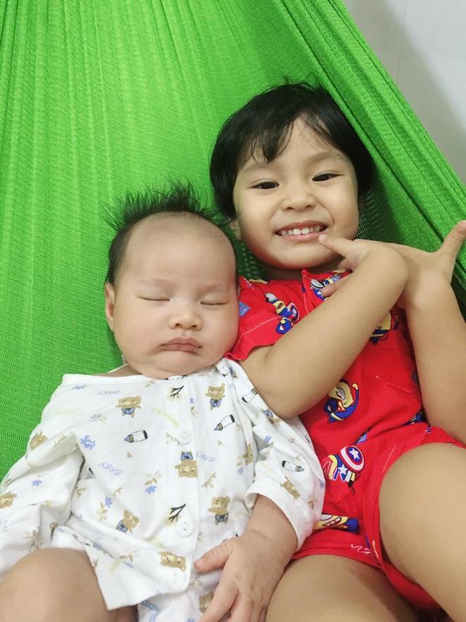 MC Khánh Ly: Nuôi 2 con bằng sữa mẹ hoàn toàn vẫn dư sữa trữ đông dù ăn rất ít - Ảnh 9.