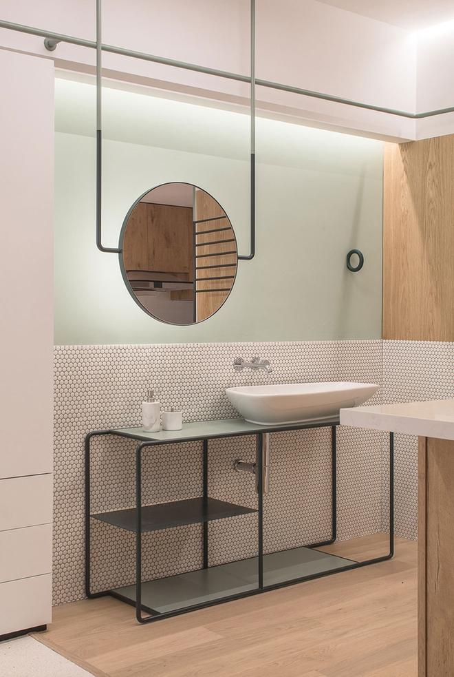 Gợi ý chọn gương hợp với phòng tắm gia đình giữa vô số mẫu gương đẹp  - Ảnh 2.