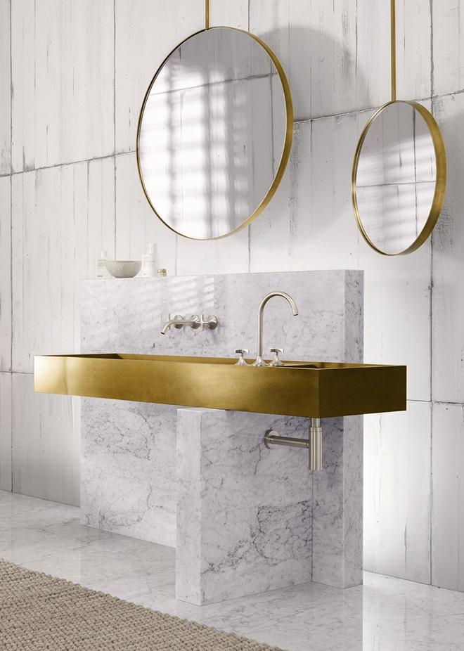 Gợi ý chọn gương hợp với phòng tắm gia đình giữa vô số mẫu gương đẹp  - Ảnh 3.