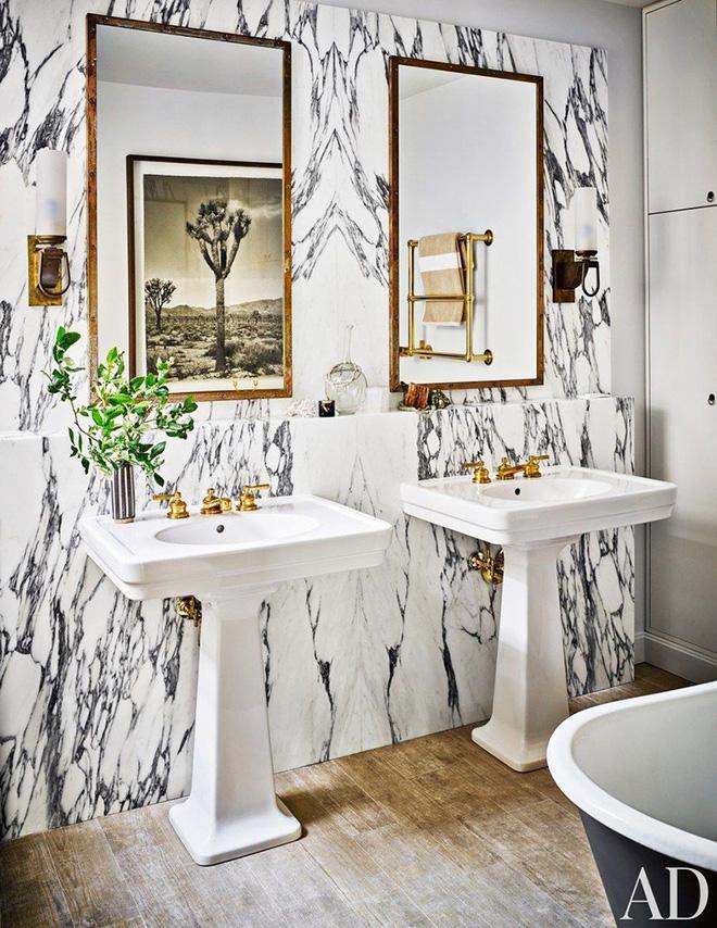 Gợi ý chọn gương hợp với phòng tắm gia đình giữa vô số mẫu gương đẹp  - Ảnh 14.