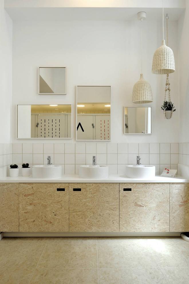Gợi ý chọn gương hợp với phòng tắm gia đình giữa vô số mẫu gương đẹp  - Ảnh 16.