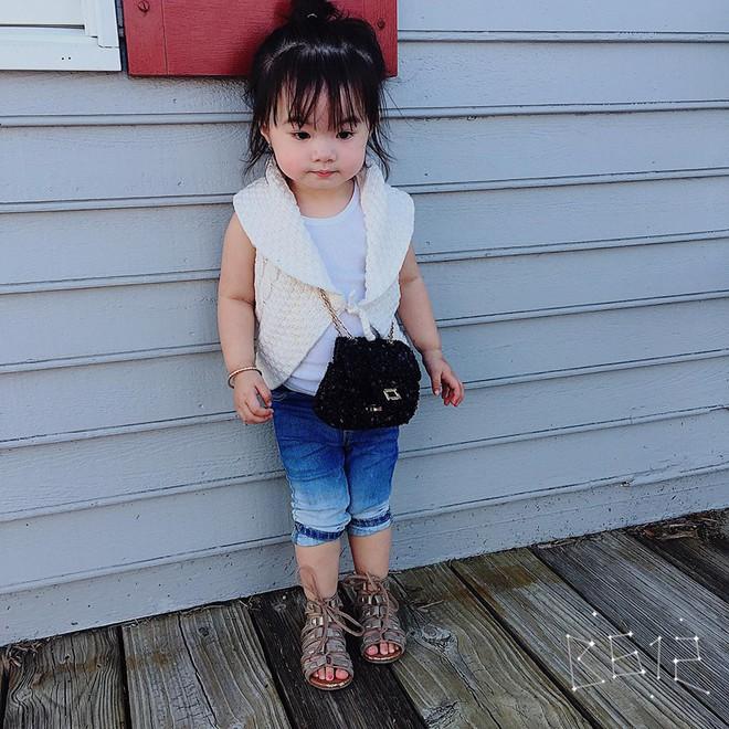 Gặp gỡ bé gái Việt mặc đẹp như fashionista khiến các mẹ trầm trồ không ngớt - Ảnh 8.