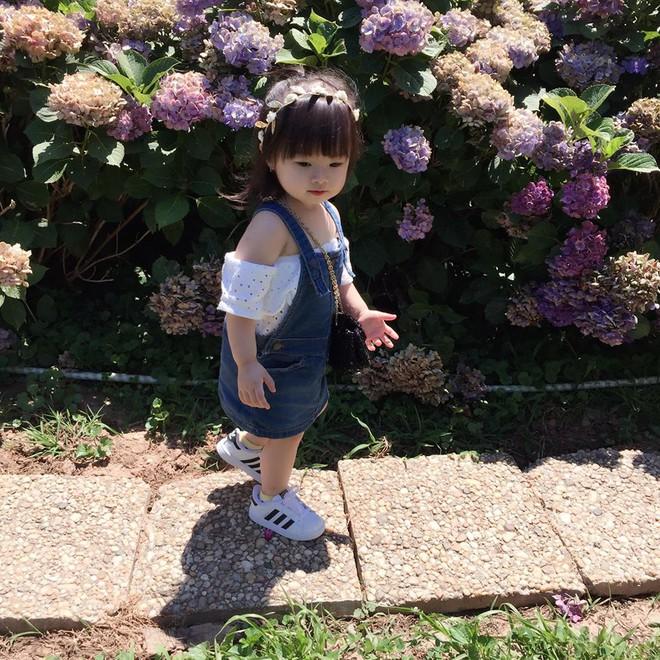 Gặp gỡ bé gái Việt mặc đẹp như fashionista khiến các mẹ trầm trồ không ngớt - Ảnh 10.