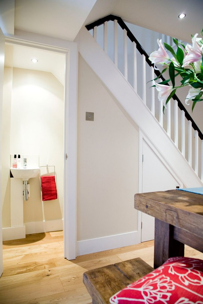 Tận dụng gầm cầu thang trong nhà thành những không gian vô cùng tiện ích - Ảnh 8.