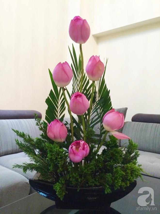 Mê mẩn ngắm những bình hoa sen đẹp tinh tế của người phụ nữ dịu dàng đất Hà Thành - Ảnh 9.