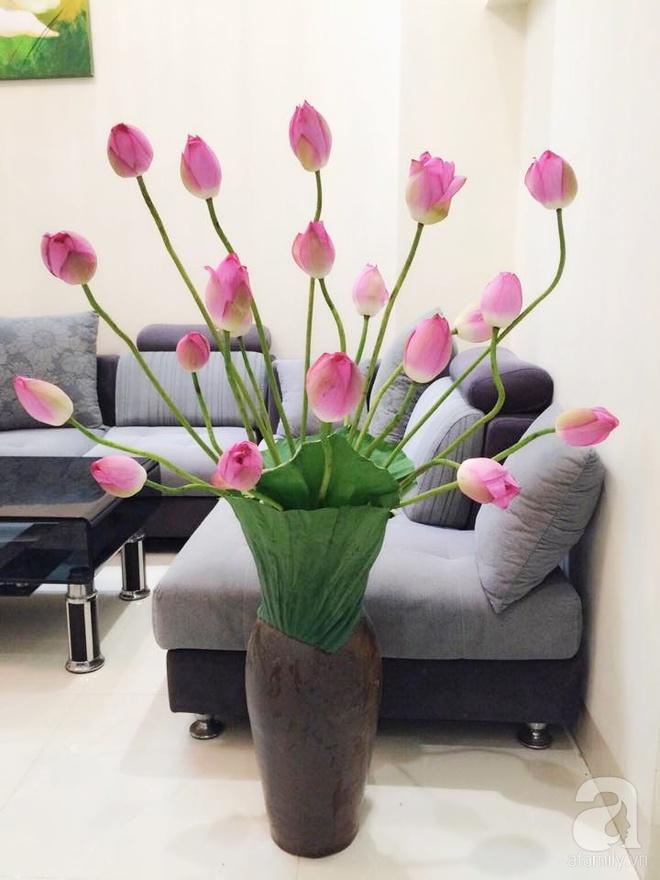 Mê mẩn ngắm những bình hoa sen đẹp tinh tế của người phụ nữ dịu dàng đất Hà Thành - Ảnh 17.