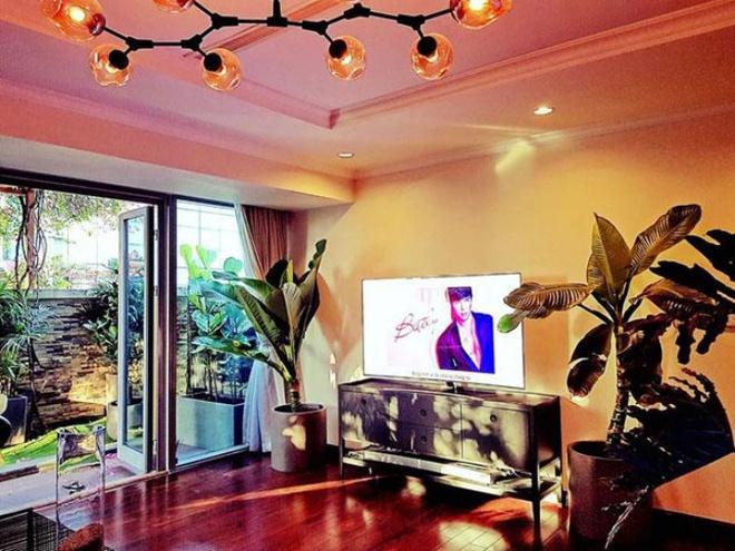 Ngắm căn hộ rộng đến 200m² và khu vườn view đẹp như trong mơ của nam ca sĩ Nathan Lee ở ngay Q1, Sài Gòn - Ảnh 12.