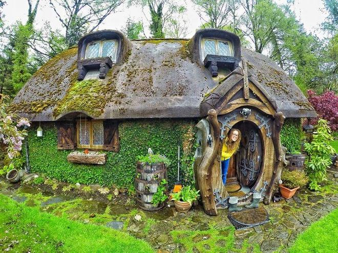 Những ngôi nhà có mặt tiền đẹp hút mắt nhờ trồng cây xanh - Ảnh 5.