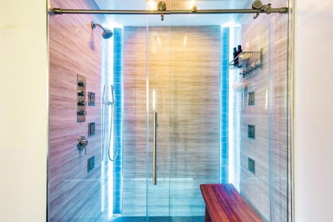 Chẳng cần biết diện tích lớn bé ra sao nhưng phòng tắm nhà ai cũng phải có món đồ này - Ảnh 2.