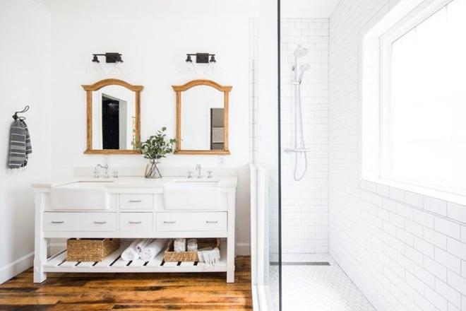 Chẳng cần biết diện tích lớn bé ra sao nhưng phòng tắm nhà ai cũng phải có món đồ này - Ảnh 8.