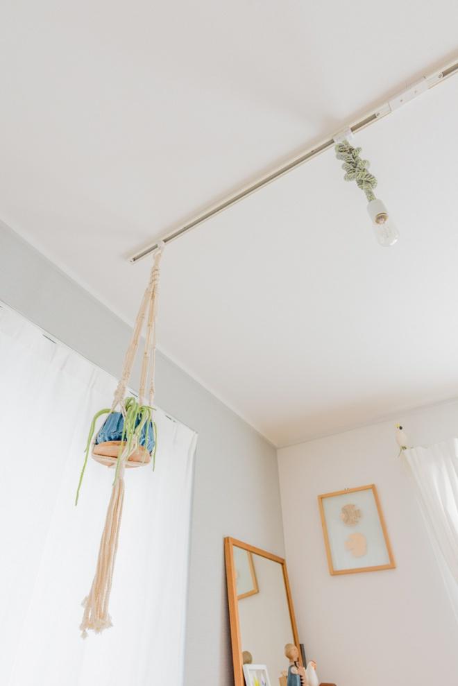 Gia đình 3 người ở Nhật sống thoải mái trong căn hộ siêu nhỏ nhờ cách bài trí thông minh - Ảnh 7.