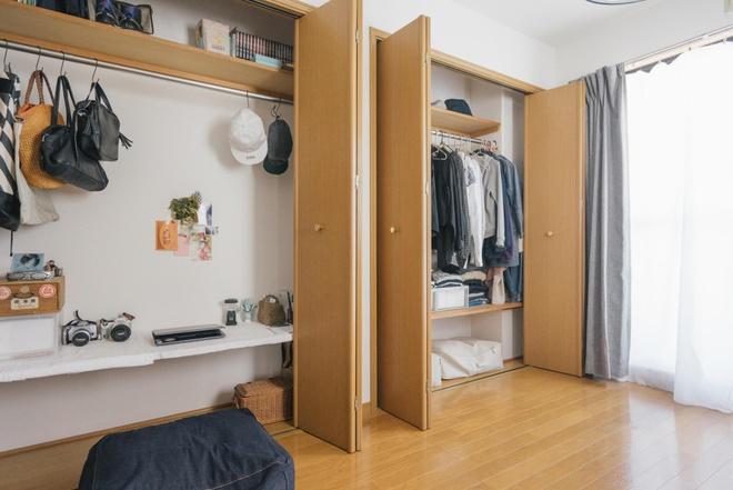 Hai chị em gái sống thoải mái trong căn hộ nhỏ xíu 25m² nhờ áp dụng nghệ thuật sắp xếp này  - Ảnh 2.