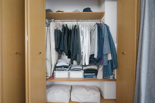 Hai chị em gái sống thoải mái trong căn hộ nhỏ xíu 25m² nhờ áp dụng nghệ thuật sắp xếp này  - Ảnh 5.