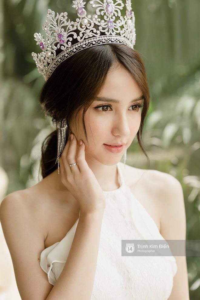 Ngắm nhan sắc hoa hờn nguyệt thẹn của mỹ nhân sẽ đọ sắc cùng Hương Giang Idol  - Ảnh 6.