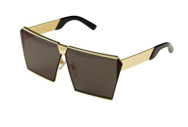 Nhìn Kỳ Duyên khoe diện mạo mới với chiếc kính độc mới sắm mà cứ ngỡ là Hà Hồ - Ảnh 5.