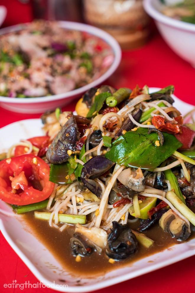 6 món ăn chỉ nhìn đã thấy cay, nếm vào thì xé lưỡi nhưng rất được mến mộ ở châu Á - Ảnh 24.