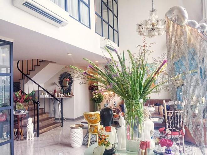 Ngắm hai căn hộ xa hoa bậc nhất showbiz Việt của nhà thiết kế Lý Quí Khánh - Ảnh 3.