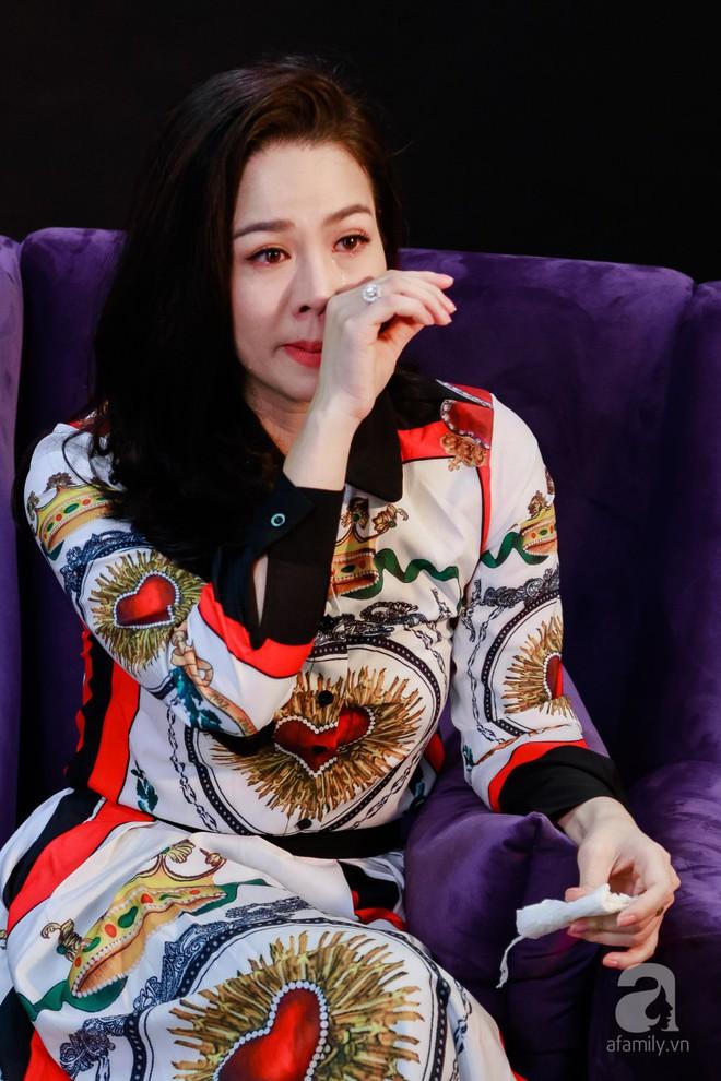 Nhật Kim Anh: Tôi bị liệt nửa người ở Mỹ, bị mắng chửi là bà mẹ chỉ biết đi chơi! - Ảnh 4.