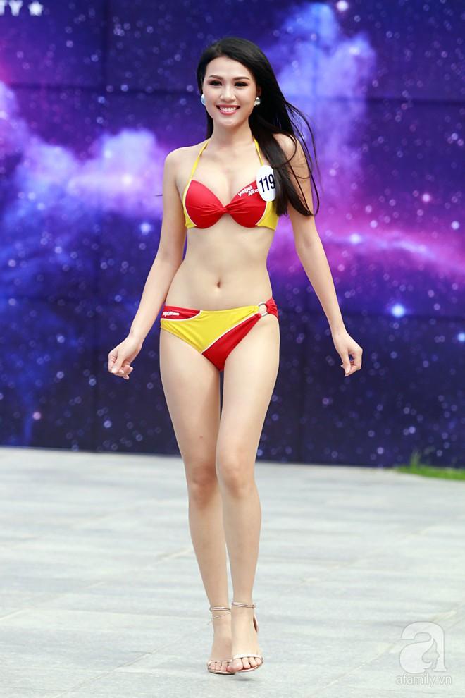 Diện bikini, dàn thí sinh Hoa hậu Hoàn vũ lộ đùi to, bụng mỡ khác xa ảnh photoshop - Ảnh 11.