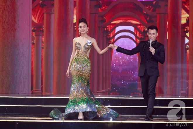 HHen Niê vượt mặt Hoàng Thùy, giành ngôi Hoa hậu Hoàn vũ Việt Nam 2017 - Ảnh 40.
