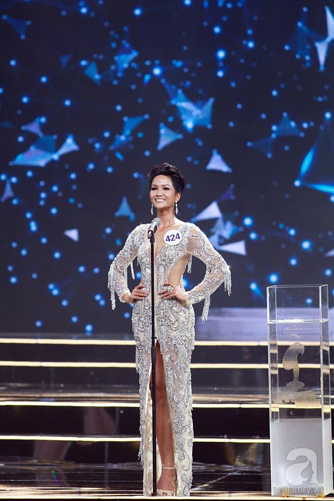 HHen Niê vượt mặt Hoàng Thùy, giành ngôi Hoa hậu Hoàn vũ Việt Nam 2017 - Ảnh 46.