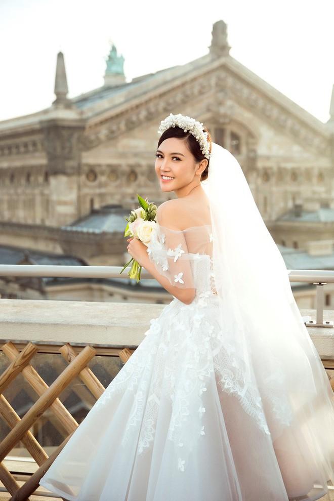 Sau khi khoe siêu xe 70 tỷ, biệt thự triệu đô, cuối cùng đám cưới linh đình của mỹ nữ Vũng Tàu này cũng được tổ chức - Ảnh 6.