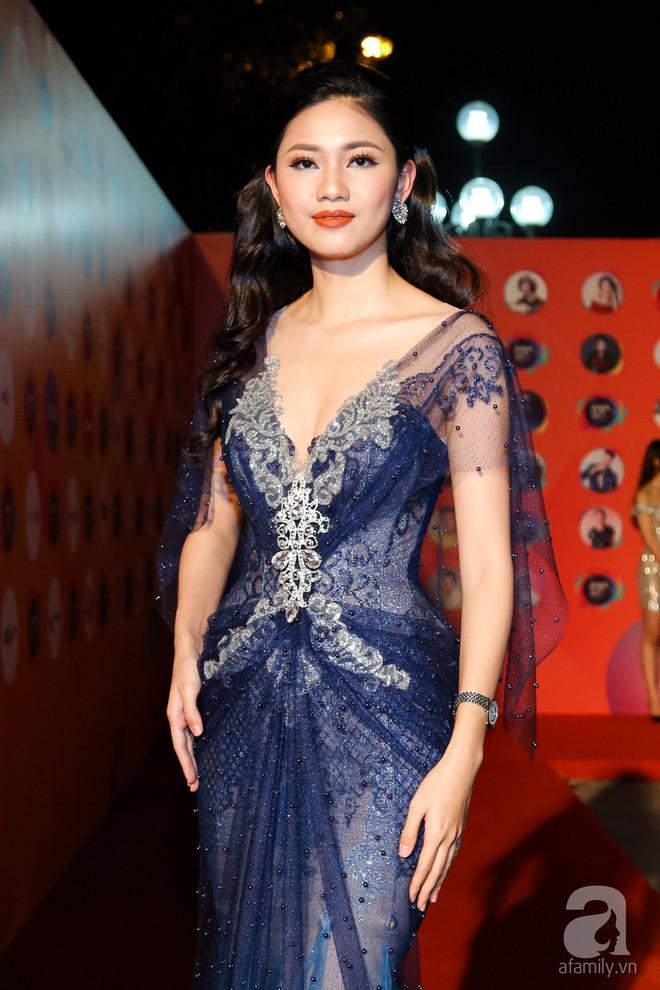 Mẹ chồng Thanh Hằng xuất hiện lộng lẫy, đẹp hết phần người khác - Ảnh 13.