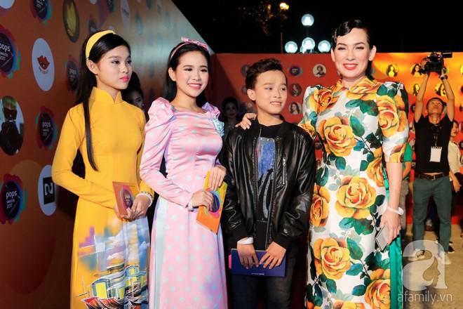 Mẹ chồng Thanh Hằng xuất hiện lộng lẫy, đẹp hết phần người khác - Ảnh 6.