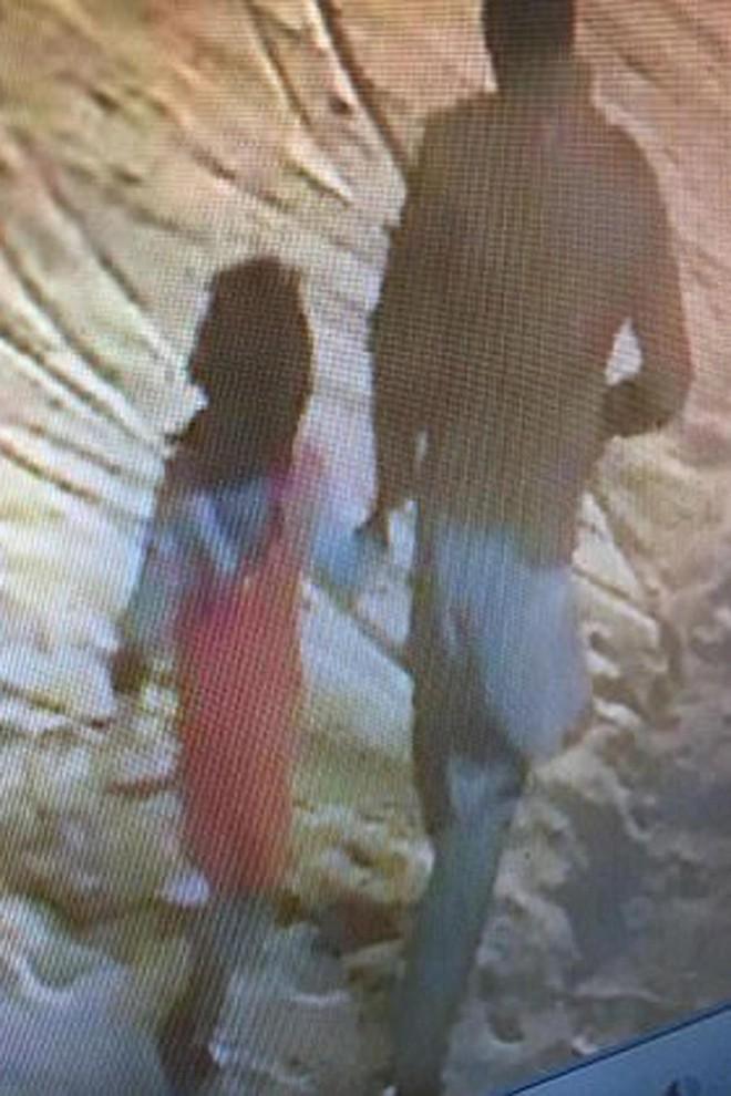 Bố mẹ đi xa, bé gái bị hãm hiếp nhiều lần rồi bị sát hại khiến người dân cả nước bàng hoàng, phẫn nộ - Ảnh 2.