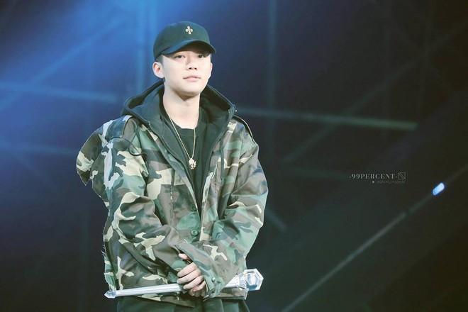 Sự nghiệp xuống dốc ngay tức khắc của PGone - rapper kém 12 tuổi sau scandal Lý Tiểu Lộ ngoại tình - Ảnh 1.
