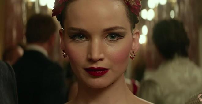 Jennifer Lawrence khêu gợi chết người trong trailer phim nhiều cảnh nóng - Ảnh 1.