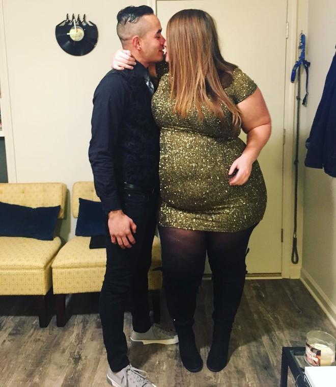 Cô nàng ngoại cỡ lên tiếng sau khi tấm ảnh chụp cùng bạn trai bị cư dân mạng ném đá, cho rằng hai người chẳng xứng đôi - Ảnh 4.