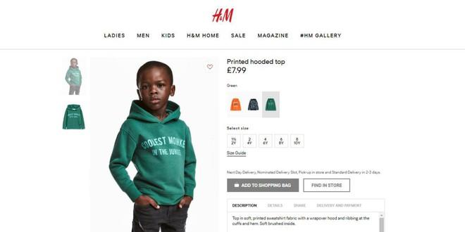 H&M bị chỉ trích vì để mẫu nhí da màu mặc áo in slogan: chú khỉ ngầu nhất rừng xanh - Ảnh 1.