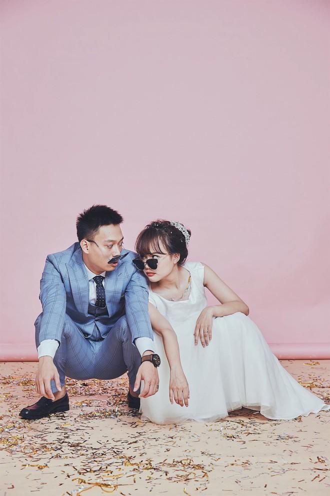 Loạt ảnh siêu lầy lội của vợ chồng Nhật Anh Trắng: Yêu thánh chế nên thế là quá bình thường! - Ảnh 3.