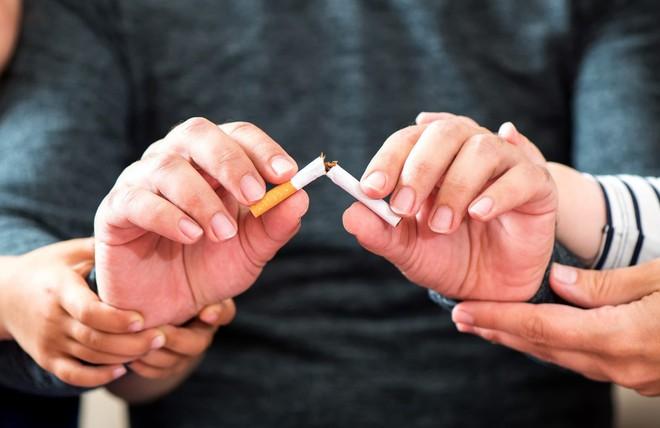 Giảm hẳn 43% nguy cơ ung thư chỉ bằng việc thay đổi vài thói quen xấu mỗi ngày - Ảnh 2.