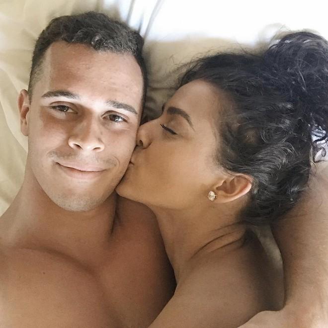 Cô nàng blogger xinh đẹp quyết giữ trinh tiết đến ngày cưới: Không được khỏa thân nằm chung giường, không được đi bơi cùng nhau - Ảnh 6.