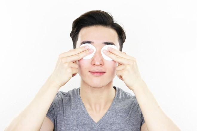 Ngày càng nhiều chàng trai 9x Trung Quốc quan tâm đến làm đẹp: khi diện mạo cũng quan trọng không kém khả năng kiếm tiền - Ảnh 1.