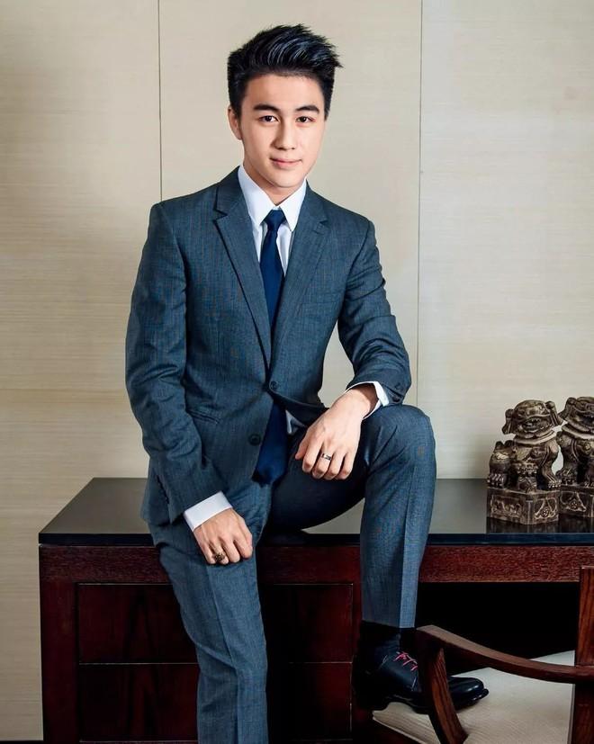 Muốn biết phong cách soái ca là như thế nào, bạn hãy nhìn vào bạn trai tin đồn của siêu mẫu Ming Xi - Ảnh 2.