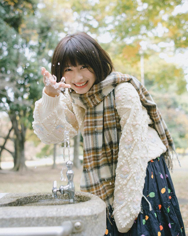 Nữ sinh Trung Quốc được cư dân mạng ca ngợi vì nhan sắc đỉnh cao, trông giống hệt ngọc nữ số 1 Nhật Bản - Ảnh 8.