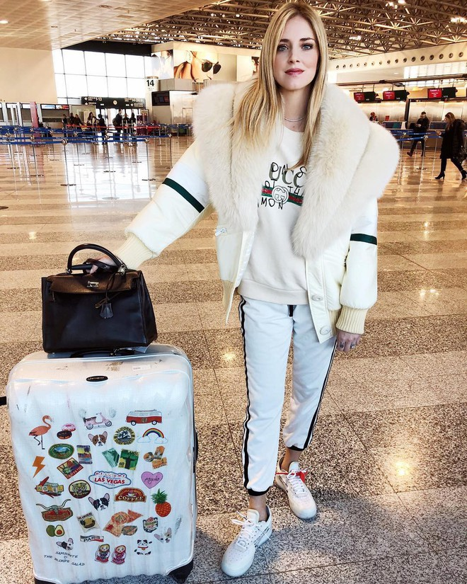 Không hổ danh là fashionista đình đám, Chiara Ferragni vẫn mặc chất lừ ngay cả khi đang bầu bí - Ảnh 12.