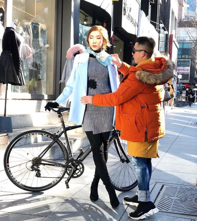 Đại chiến stylist: Chê HHen Niê mặc xấu, cựu stylist của Phạm Hương bị ekip tân Hoa hậu vỗ mặt - Ảnh 19.