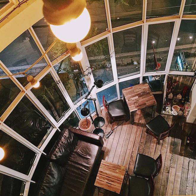 Tránh rét trong những ngày Hà Nội lạnh chết đi được ở 4 quán cafe rất xinh - Ảnh 20.