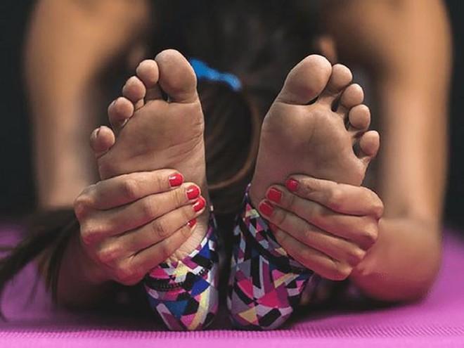 Biện pháp giảm đau gót chân nhanh chóng - Ảnh 3.