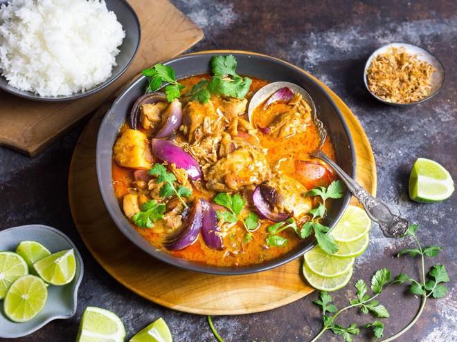 CNN vinh danh 30 đặc sản ngon nhất thế giới, Việt Nam có tới 2 món ăn trong danh sách này - Ảnh 30.