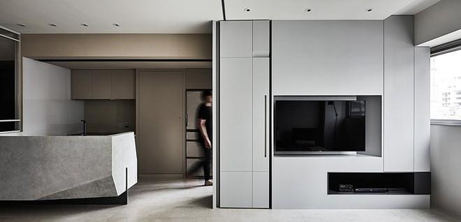 Bên trong ngôi nhà có nội thất bố trí nhiều góc cạnh - Ảnh 4.