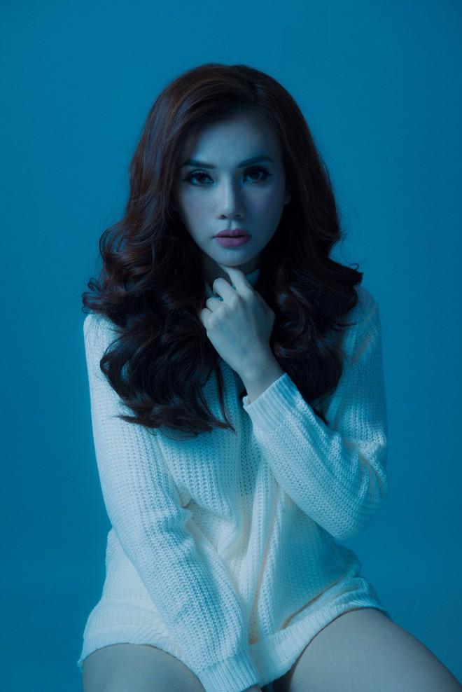 Thu Thủy diện đồ cô dâu, tái hiện đám cưới bí mật cùng chồng cũ trong teaser MV mới - Ảnh 5.