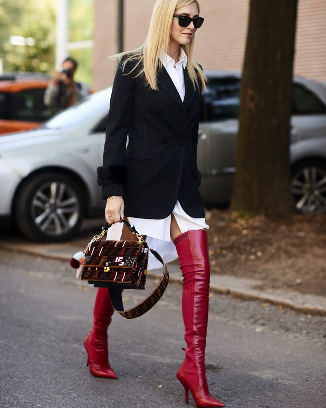 Không hổ danh là fashionista đình đám, Chiara Ferragni vẫn mặc chất lừ ngay cả khi đang bầu bí - Ảnh 5.